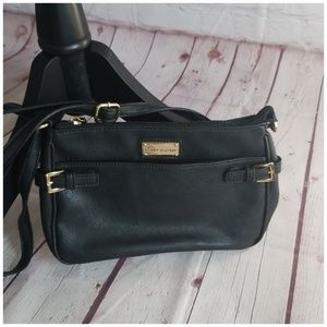 Tommy Hilfiger black Faux leather shoulder purse.